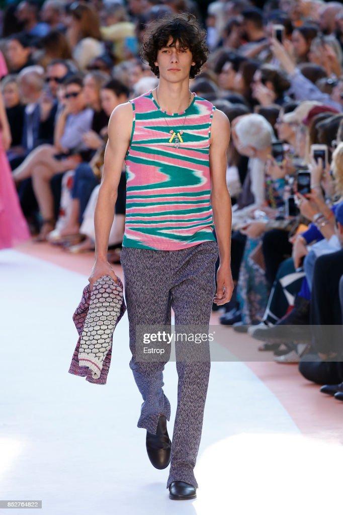 Missoni - Runway - Milan Fashion Week Spring/Summer 2018 : ニュース写真