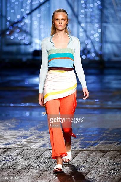 Model walks the runway at the Missoni show Milan Fashion Week Spring/Summer 2017 on September 25, 2016 in Milan, Italy.