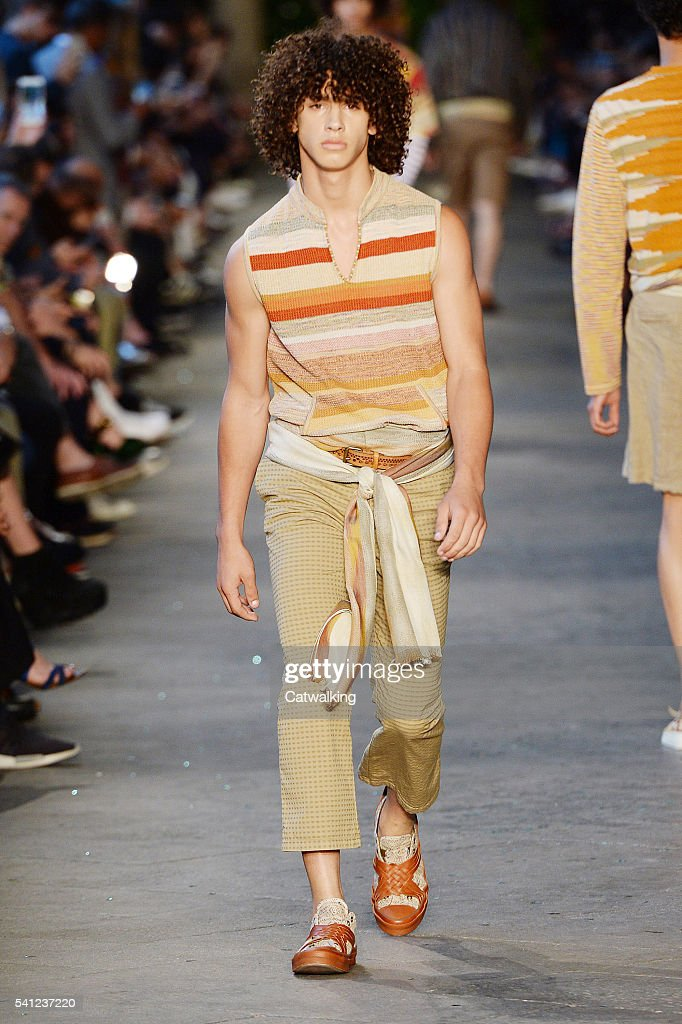 A model walks the runway at the Missoni Spring Summer 2017 fashion ... fea774d6e