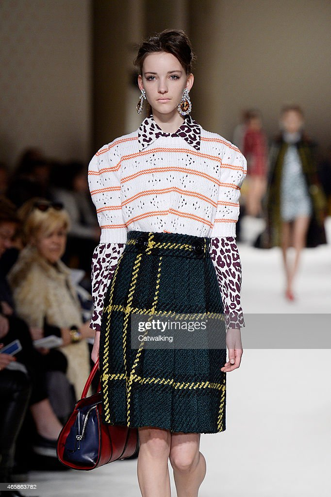 Miu Miu - Runway RTW - Fall 2015 - Paris Fashion Week : News Photo