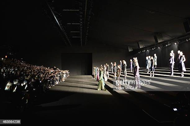 A model walks the runway at the Monique Lhuillier fashion show during MercedesBenz Fashion Week Fall 2015 at The Theatre at Lincoln Center on...