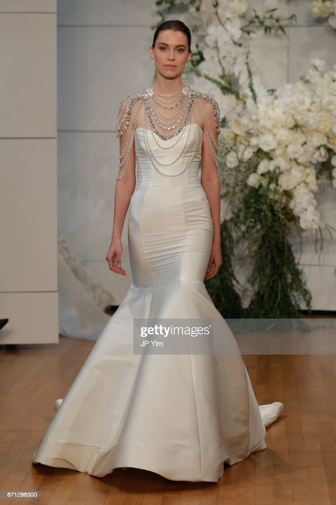 A model walks the runway at the Monique Lhuillier Spring 2018 Bridal show at Carnegie Hall on April 21, 2017 in New York City.