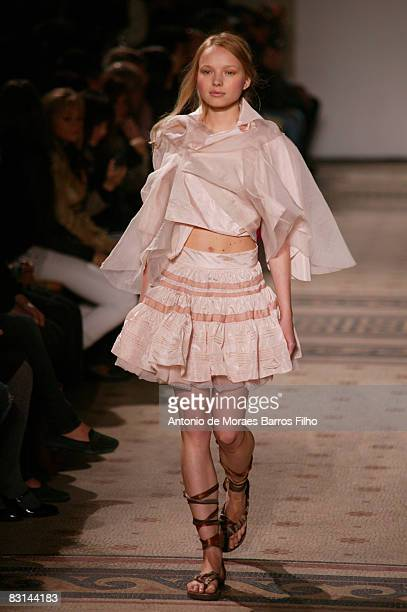 Model walks the runway at the Moon Young Hee fashion show during Paris Fashion Week at Palais Galliera on October 5, 2008 in Paris, France.