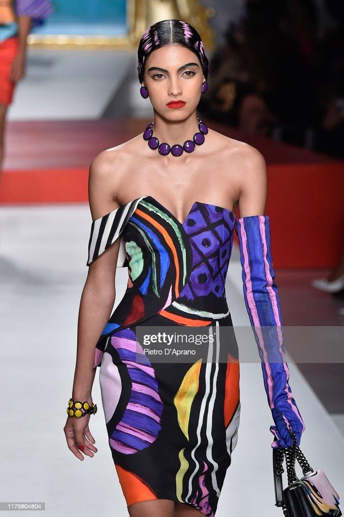 Moschino - Runway - Milan Fashion Week Spring/Summer 2020 : Fotografia de notícias