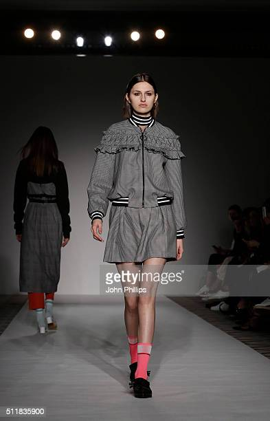 A model walks the runway at the Mother of Pearl show during London Fashion Week Autumn/Winter 2016/17 at The Ballroom of Claridge's on February 23...