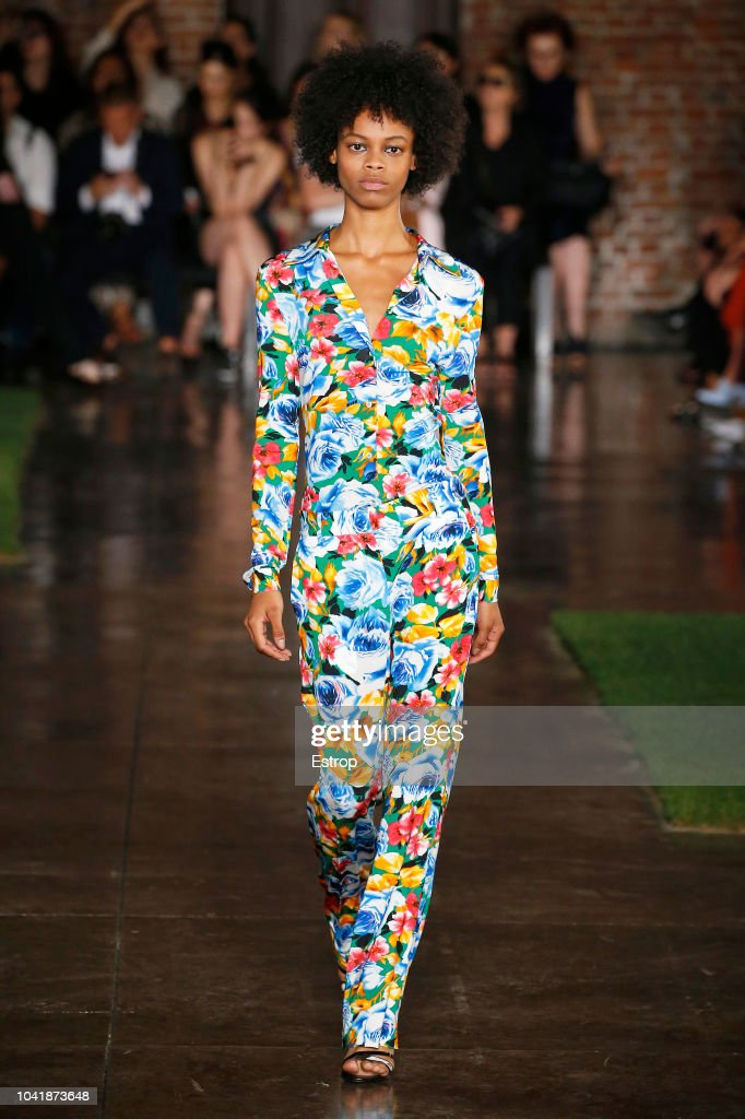 model-walks-the-runway-at-the-msgm-show-during-milan-fashion-week-picture-id1041873648