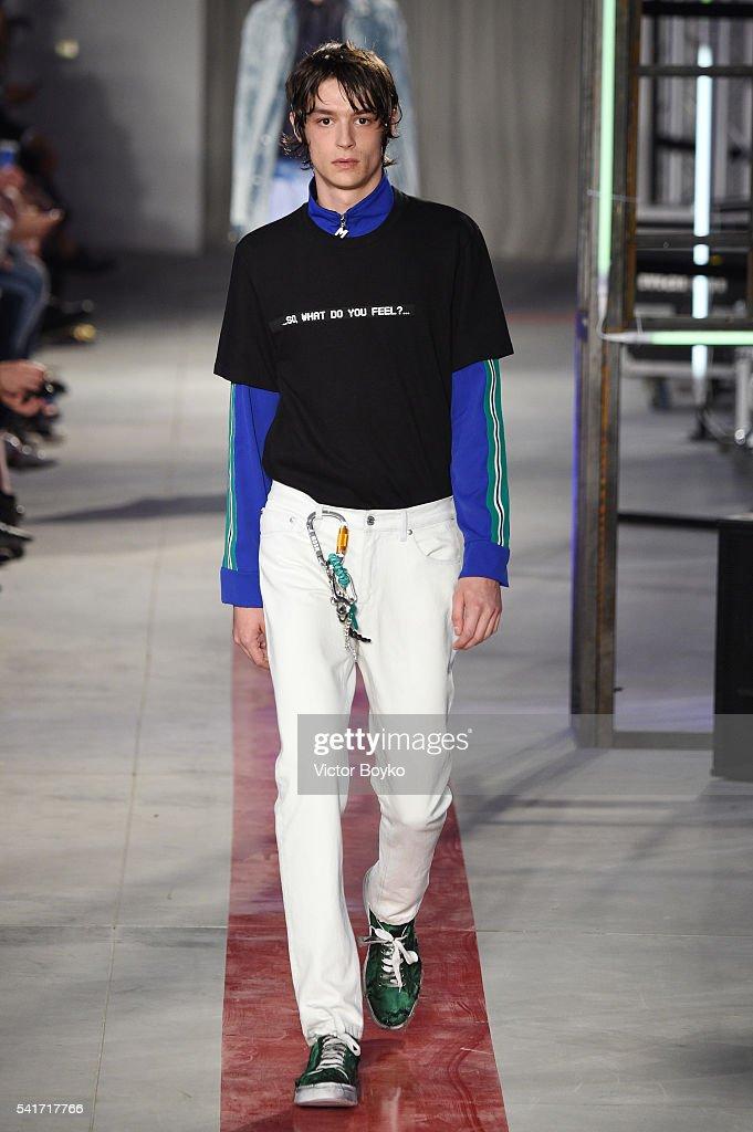 MSGM - Runway - Milan Men's Fashion Week SS17 : News Photo