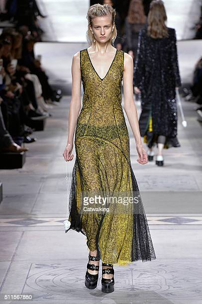 A model walks the runway at the Mulberry Autumn Winter 2016 fashion show during London Fashion Week on February 21 2016 in London United Kingdom