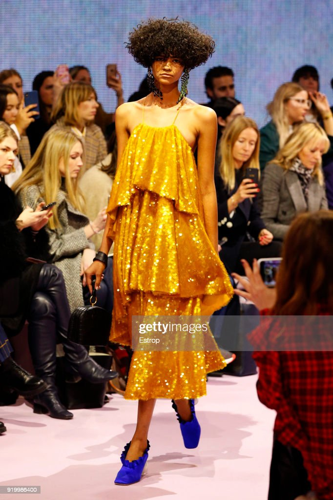 Mulberry - Runway - LFW February 2018 : ニュース写真