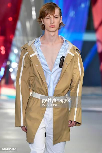 Model walks the runway at the N.21 fashion show during Milan Men's Fashion Week Spring/Summer 2019 on June 18, 2018 in Milan, Italy.