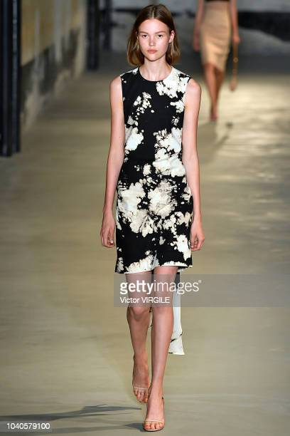 A model walks the runway at the N21 Ready to Wear fashion show during Milan Fashion Week Spring/Summer 2019 on September 19 2018 in Milan Italy