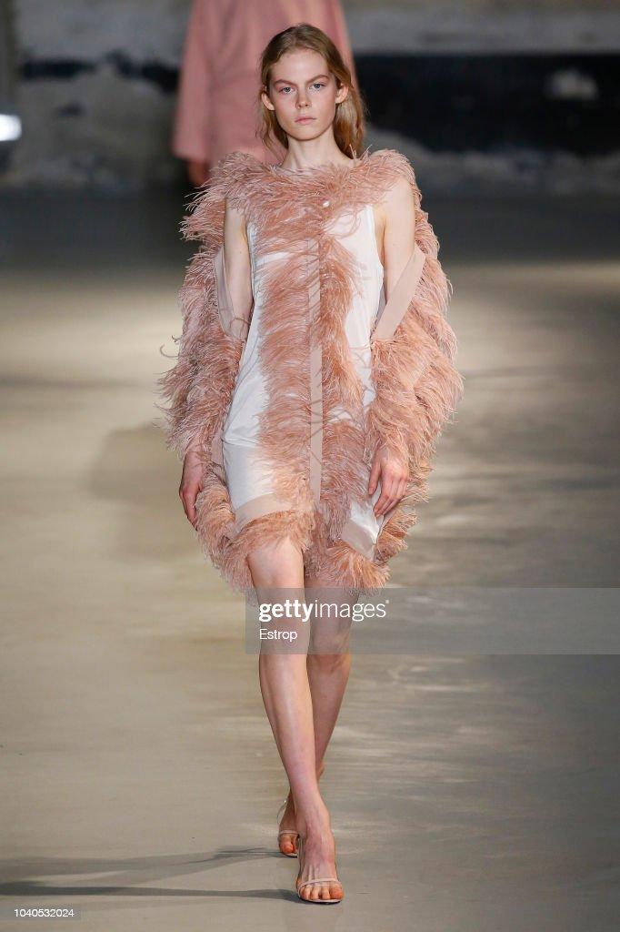 N.21 - Runway - Milan Fashion Week Spring/Summer 2019 : ニュース写真