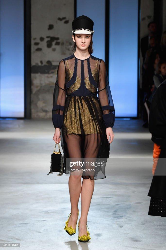 N.21 - Runway - Milan Fashion Week Fall/Winter 2018/19 : News Photo
