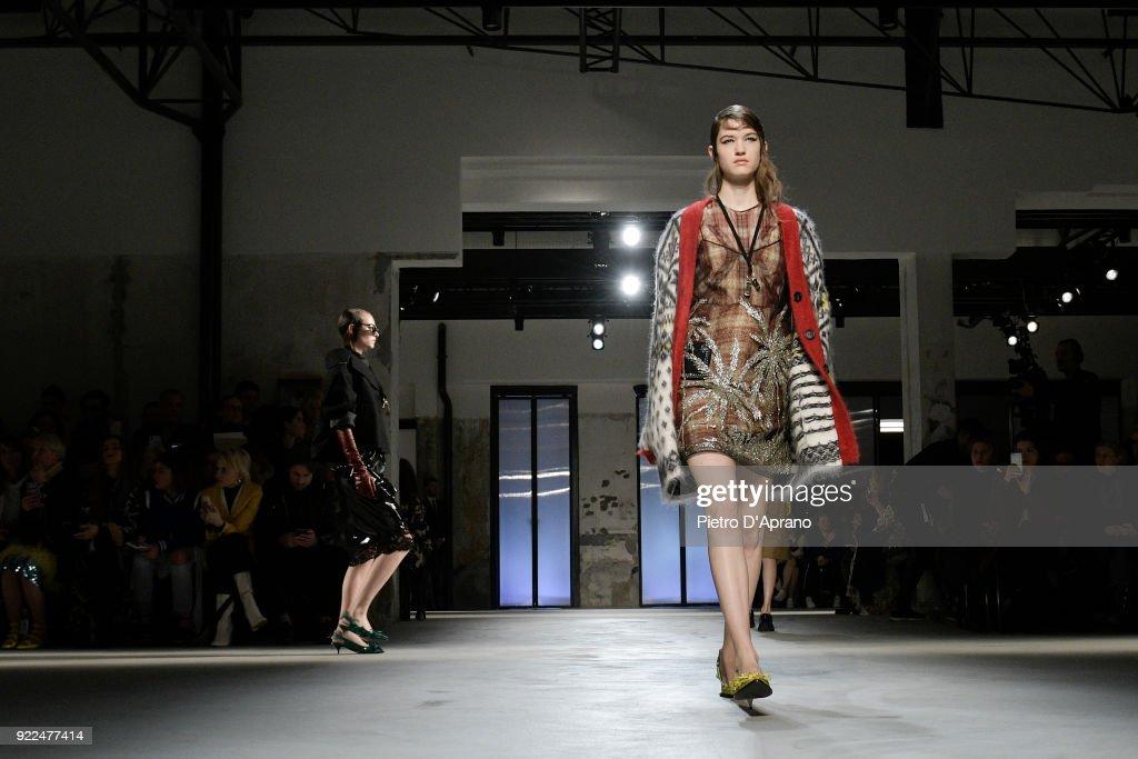 N.21 - Runway - Milan Fashion Week Fall/Winter 2018/19 : Fotografía de noticias