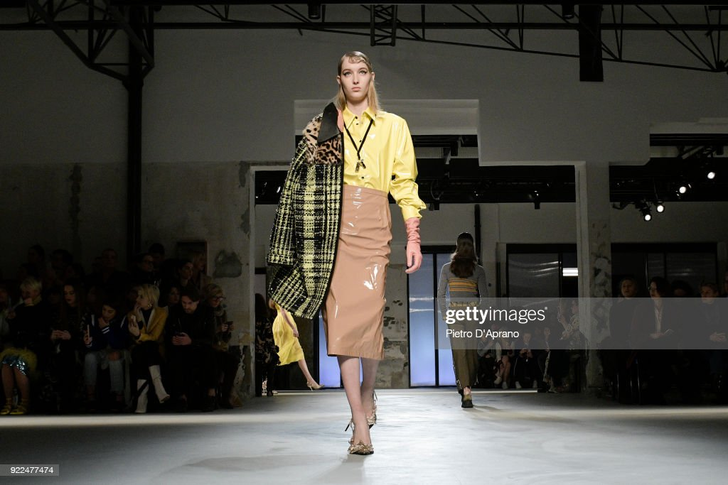 N.21 - Runway - Milan Fashion Week Fall/Winter 2018/19 : Photo d'actualité