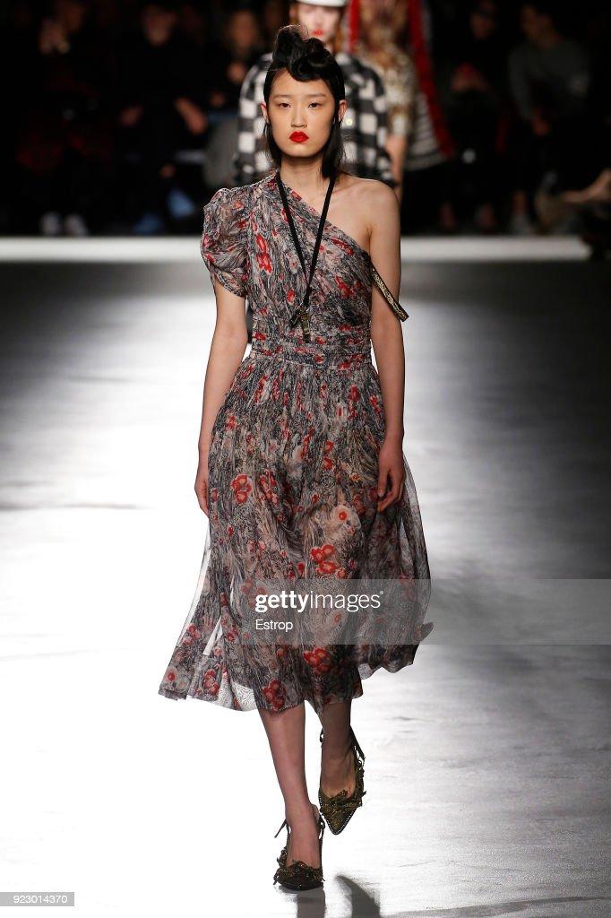 N.21 - Runway - Milan Fashion Week Fall/Winter 2018/19 : ニュース写真