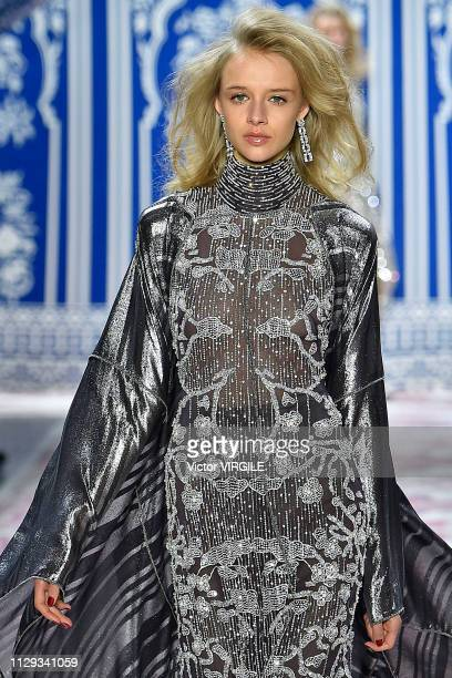 A model walks the runway at the Naeem Khan Ready to Wear Fall/Winter 20192020 fashion sho during New Yrok Fashion Week on February 12 2019 in New...