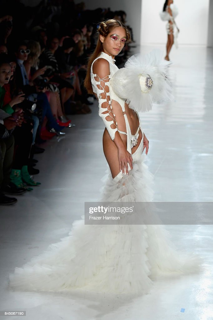 A model walks the runway at the Namilia fashion show during New York Fashion Week: The Shows at Gallery 3, Skylight Clarkson Sq on September 9, 2017 in New York City.