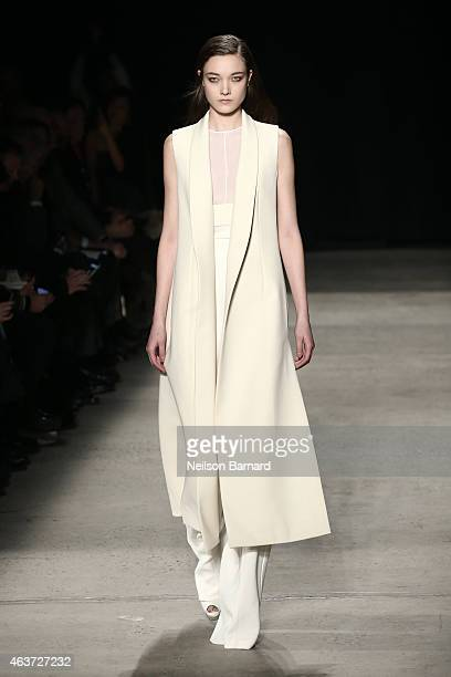 A model walks the runway at the Narciso Rodriguez fashion show during MercedesBenz Fashion Week Fall 2015 at SIR Stage37 on February 17 2015 in New...