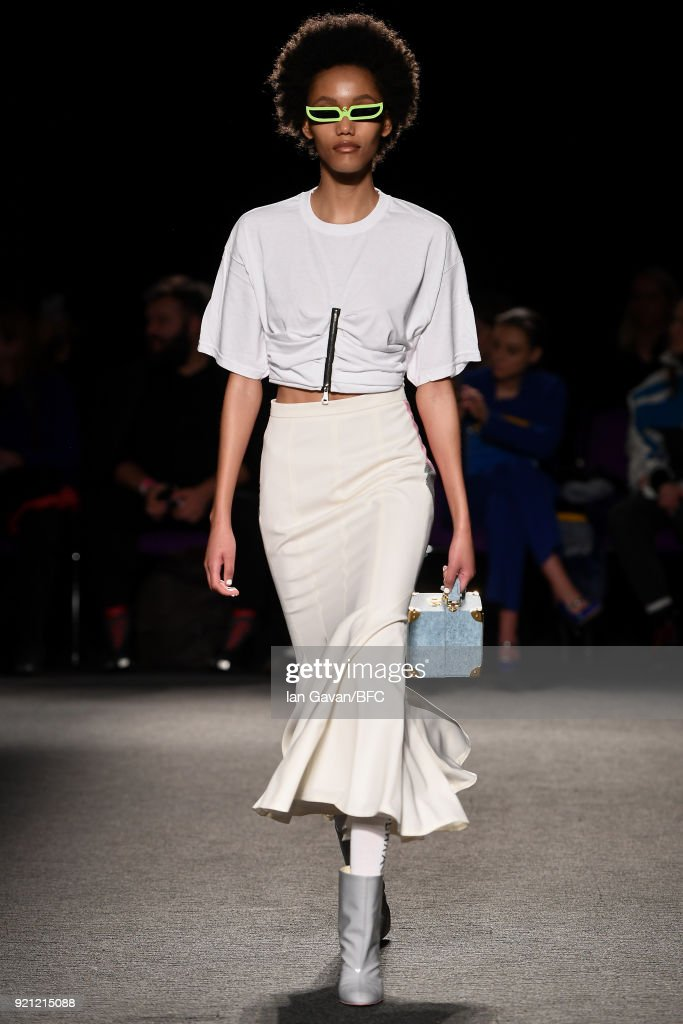 A model walks the runway at the Natasha Zinko show during London Fashion Week February 2018 at The Queen Elizabeth II Conference Centre on February 20, 2018 in London, England.