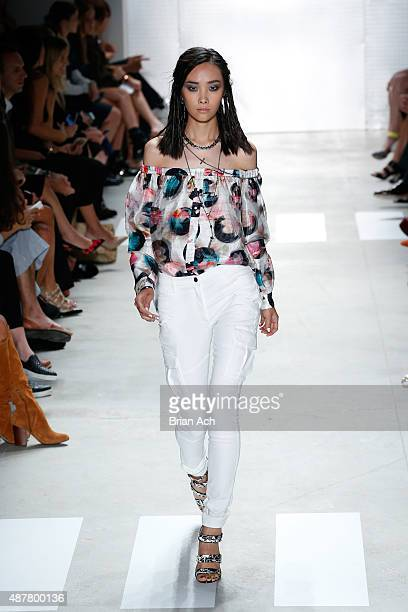 A model walks the runway at the Nicole Miller fashion show during Spring 2016 New York Fashion Week The Shows at The Gallery Skylight at Clarkson Sq...