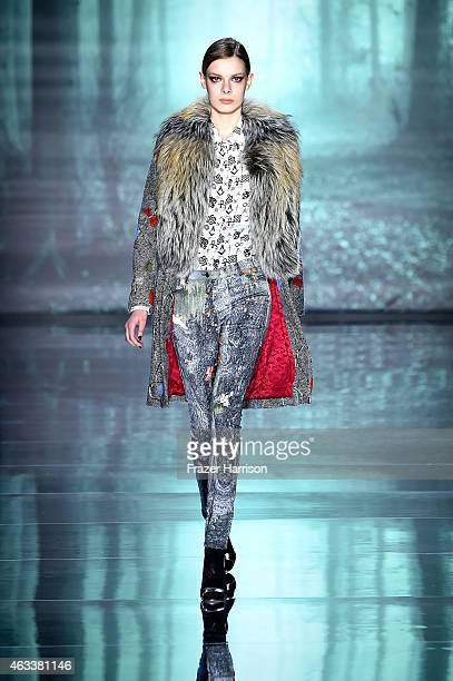 Model walks the runway at the Nicole Miller fashion show during Mercedes-Benz Fashion Week Fall 2015 at The Salon at Lincoln Center on February 13,...