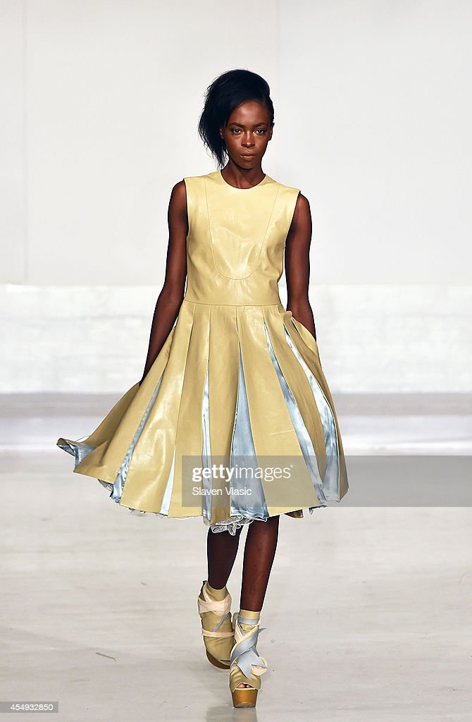 Nina Athanasiou - Runway - Mercedes-Benz Fashion Week Spring 2015 : News Photo