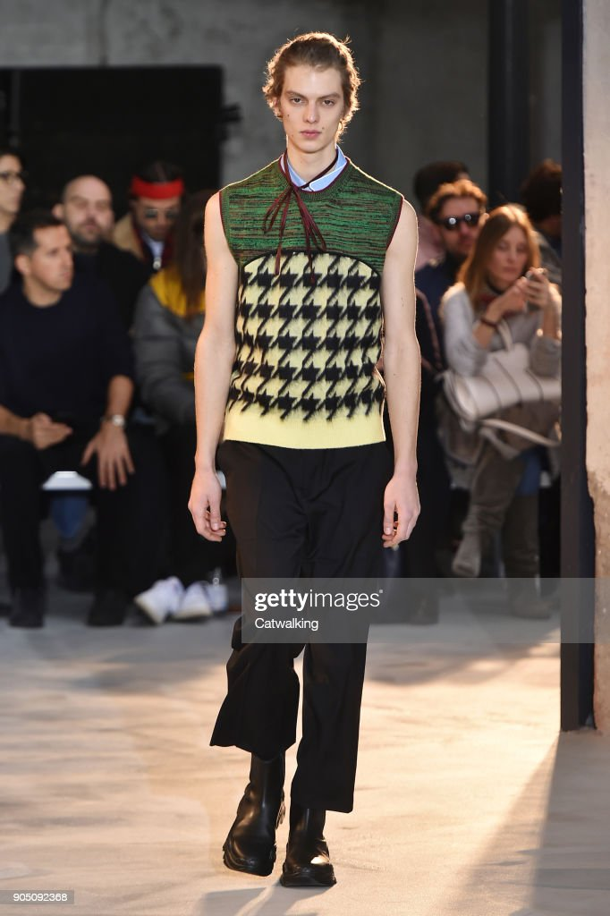 No.21 - Mens Fall 2018 Runway - Milan Menswear Fashion Week