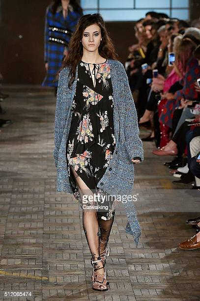 A model walks the runway at the No21 Autumn Winter 2016 fashion show during Milan Fashion Week on February 24 2016 in Milan Italy