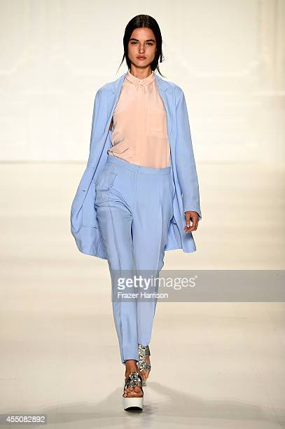 A model walks the runway at the Noon By Noor fashion show during MercedesBenz Fashion Week Spring 2015 at The Salon at Lincoln Center on September 9...
