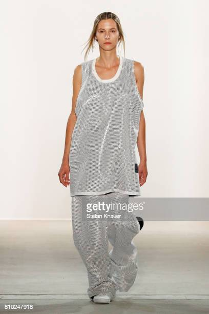 A model walks the runway at the Odeur show during the MercedesBenz Fashion Week Berlin Spring/Summer 2018 at Kaufhaus Jandorf on July 7 2017 in...