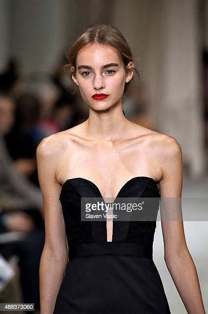 A model walks the runway at the Oscar De La Renta Spring 2016 fashion show during New York Fashion Week on September 15 2015 in New York City