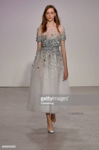 A model walks the runway at the Oscar de la Renta Spring Summer 2018 fashion show during New York Fashion Week on September 11 2017 in New York...
