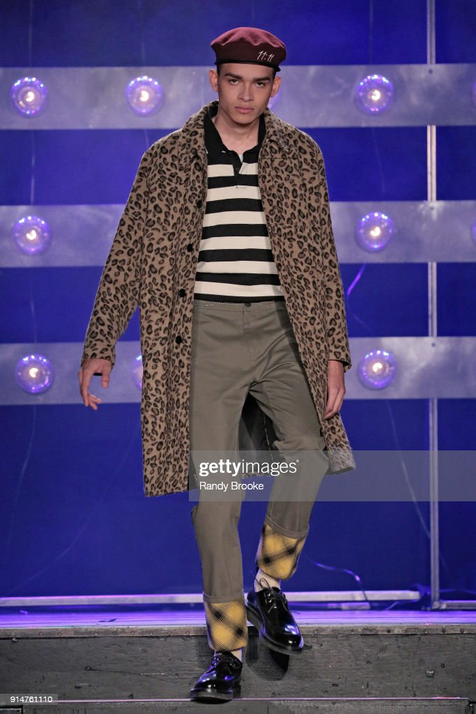 Ovadia & Sons - Runway - February 2018 - New York Fashion Week: Mens' : Nachrichtenfoto