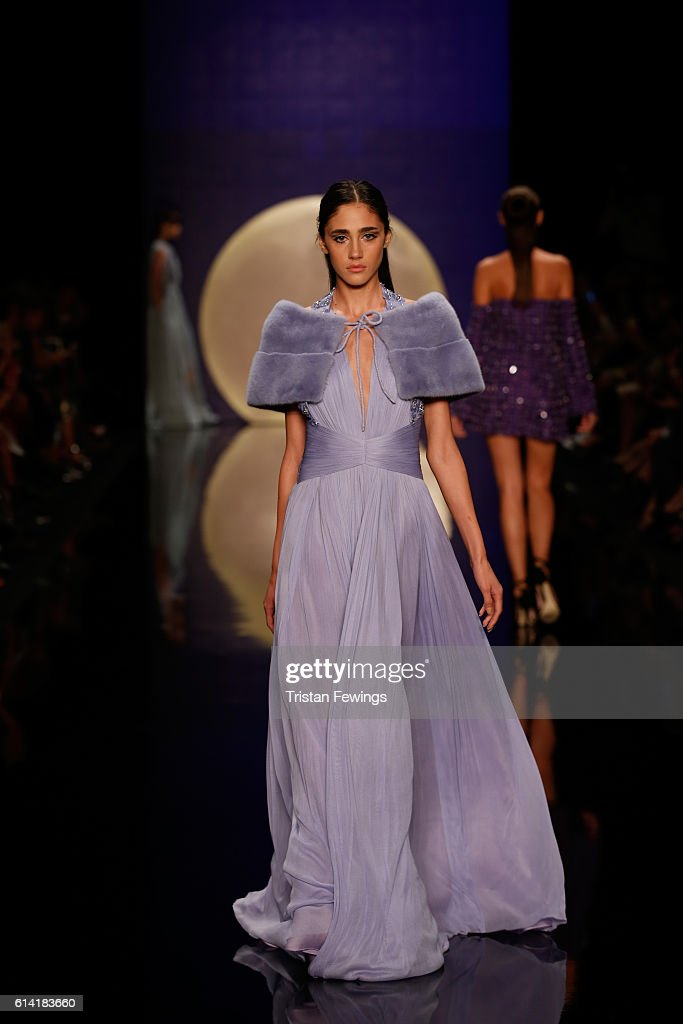 Ozgur Masur -  Runway - Mercedes-Benz Fashion Week Istanbul - October 2016 : News Photo