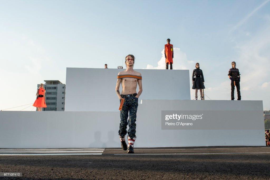 Palm Angels - Runway - Milan Men's Fashion Week Spring/Summer 2019