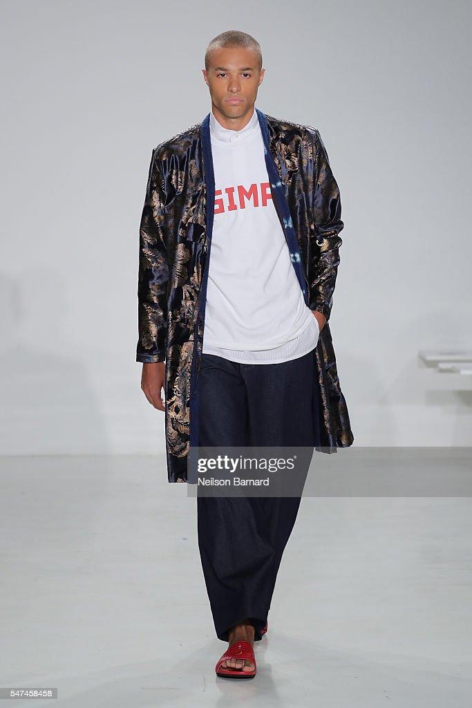 NY: Palmiers Du Mal - Runway - New York Fashion Week: Men's S/S 2017