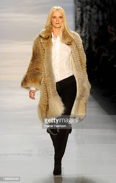 A model walks the runway at the Pamella Roland Fall 2012 fashion show during MercedesBenz Fashion Week at The Studio at Lincoln Center on February 14...