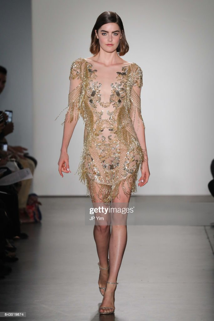 Pamella Roland - Runway - September 2017 - New York Fashion Week : Nyhetsfoto