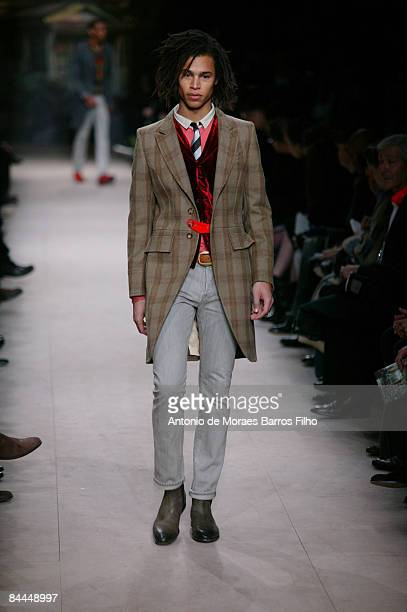 Model walks the runway at the Paul Smith fashion show during Paris Fashion Week Menswear Autumn/Winter 2009 at Couvent des Cordeliers on January 25,...