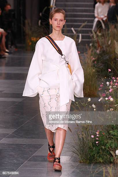 A model walks the runway at the Paul Smith show during London Fashion Week Spring/Summer collections 2016/2017 on September 18 2016 in London United...