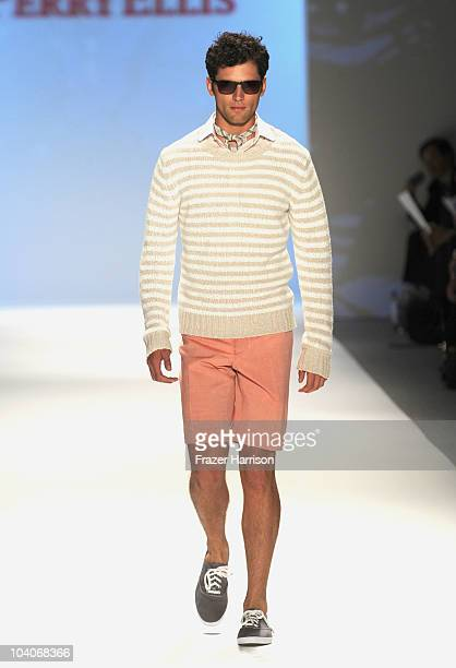 A model walks the runway at the Perry Ellis Spring 2011 fashion show during MercedesBenz Fashion Week at The Stage at Lincoln Center on September 13...