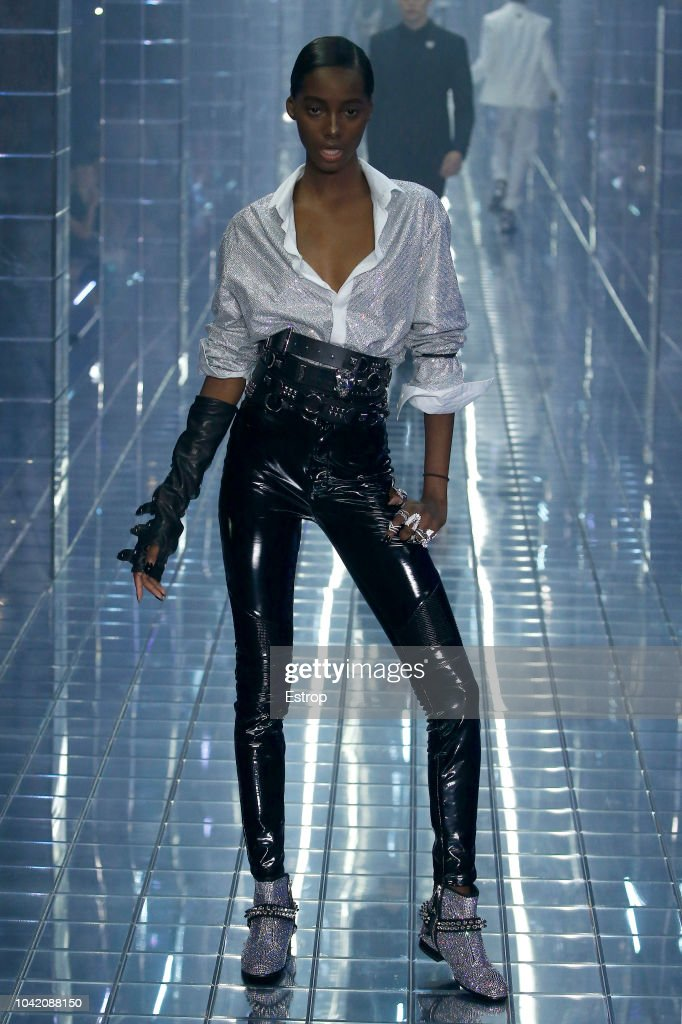 model-walks-the-runway-at-the-philipp-plein-show-during-milan-fashion-picture-id1042088150