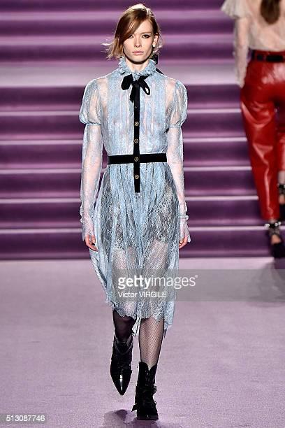 A model walks the runway at the Philosophy di Lorenzo Serafini fashion show during Milan Fashion Week Fall/Winter 2016/2017 on February 27 2016 in...