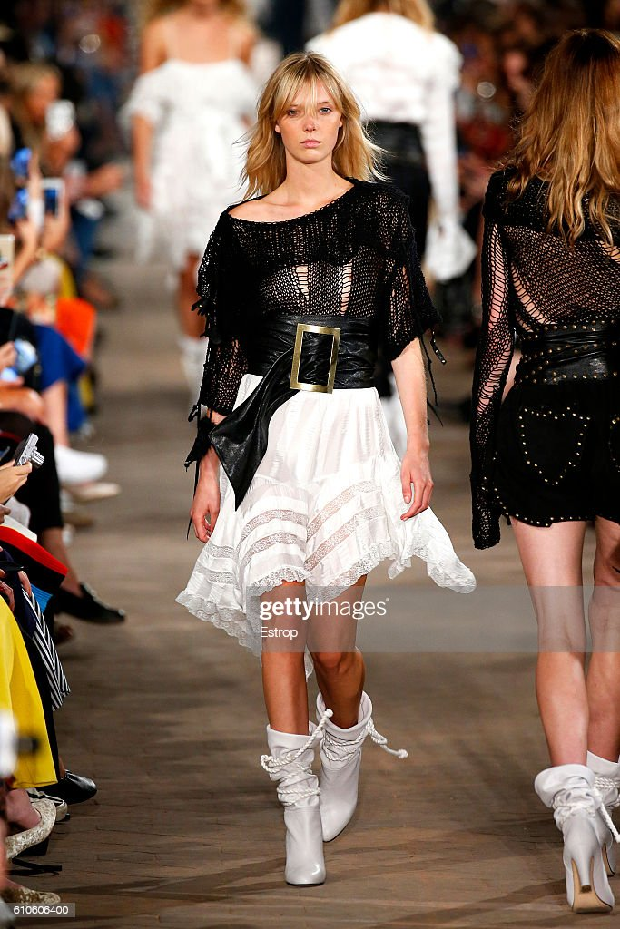 Philosophy Di Lorenzo Serafini - Runway - Milan Fashion Week SS17 : News Photo