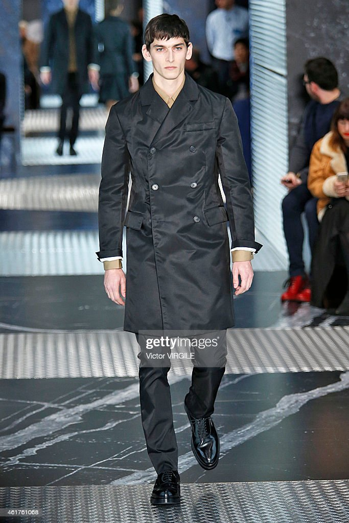 Prada - Runway - Milan Menswear Fashion Week Fall Winter 2015/2016 : News Photo