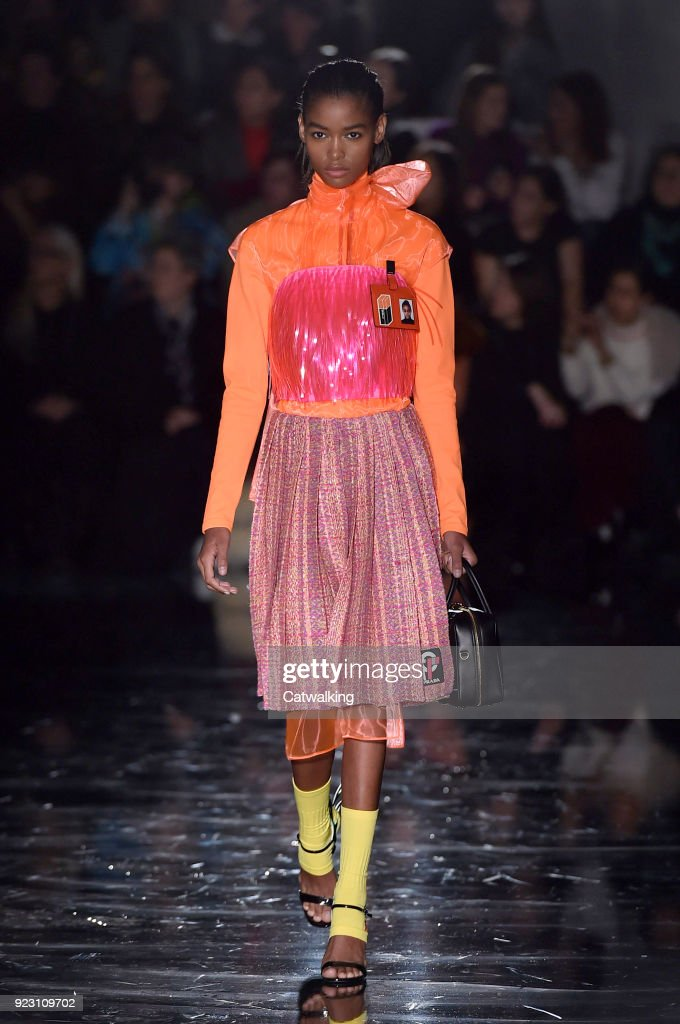 Prada - Runway RTW - Fall 2018 - Milan Fashion Week
