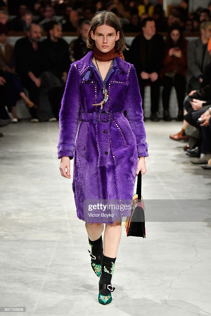 Prada - Runway - Milan Men's Fashion Week Fall/Winter 2017/18 : News Photo