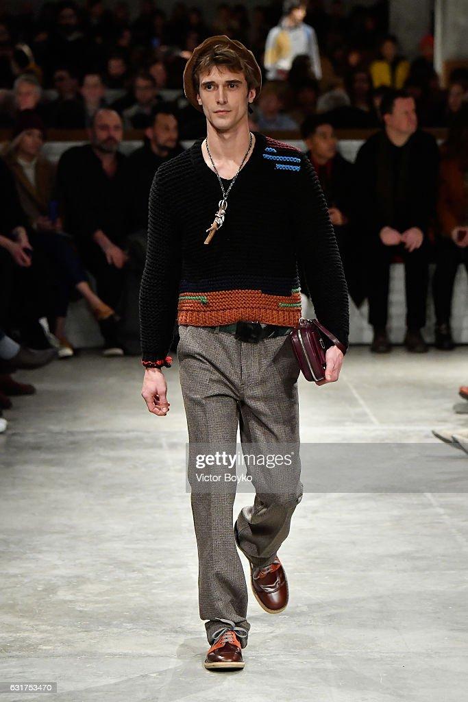 Prada - Runway - Milan Men's Fashion Week Fall/Winter 2017/18 : ニュース写真