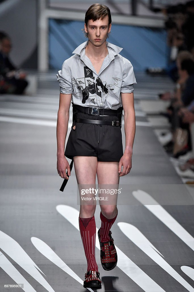 Photos et images de Prada - Runway